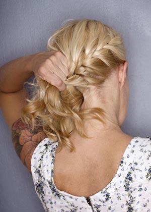 французская коса на бок