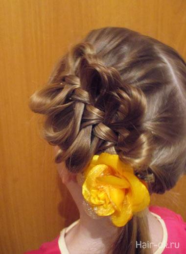 коса с бантиками